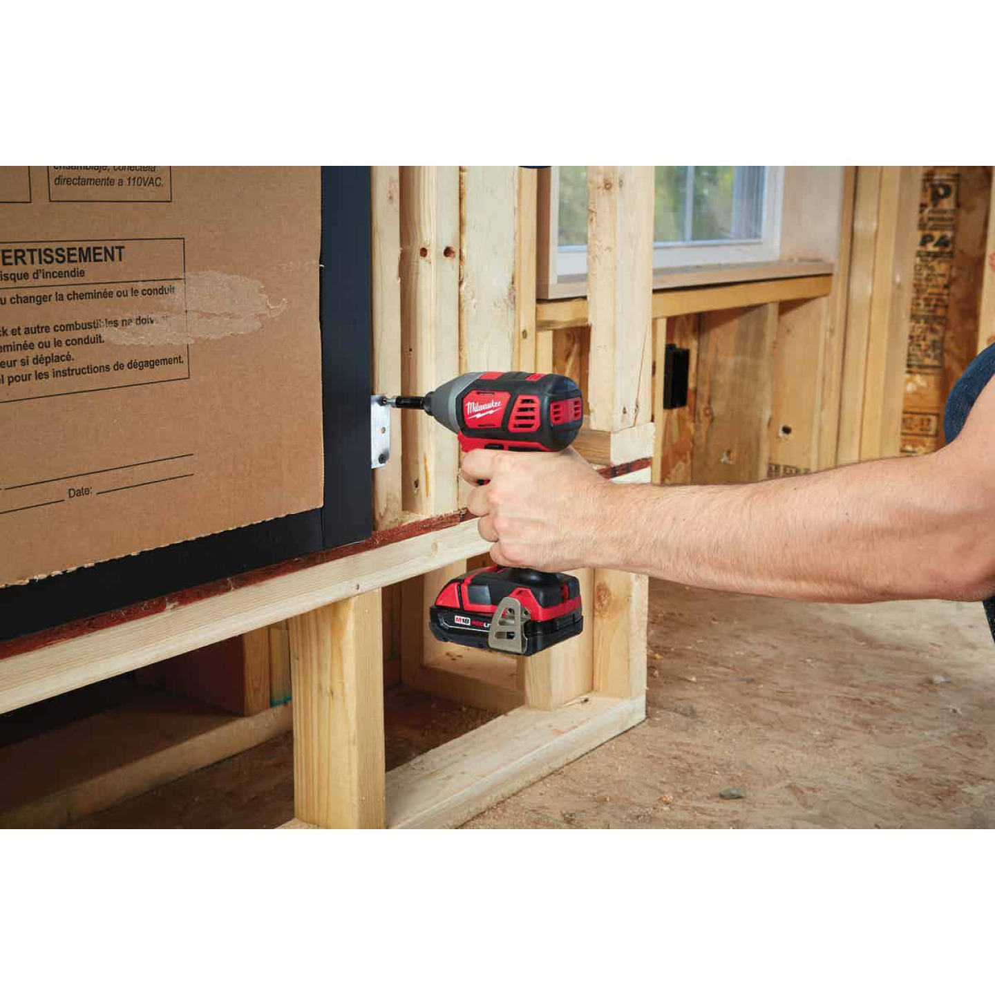 Milwaukee M18 18 Volt Lithium-Ion 2-Speed 1/4 In. Hex Cordless Impact Driver Kit (with 2 Compact Batteries) Image 2